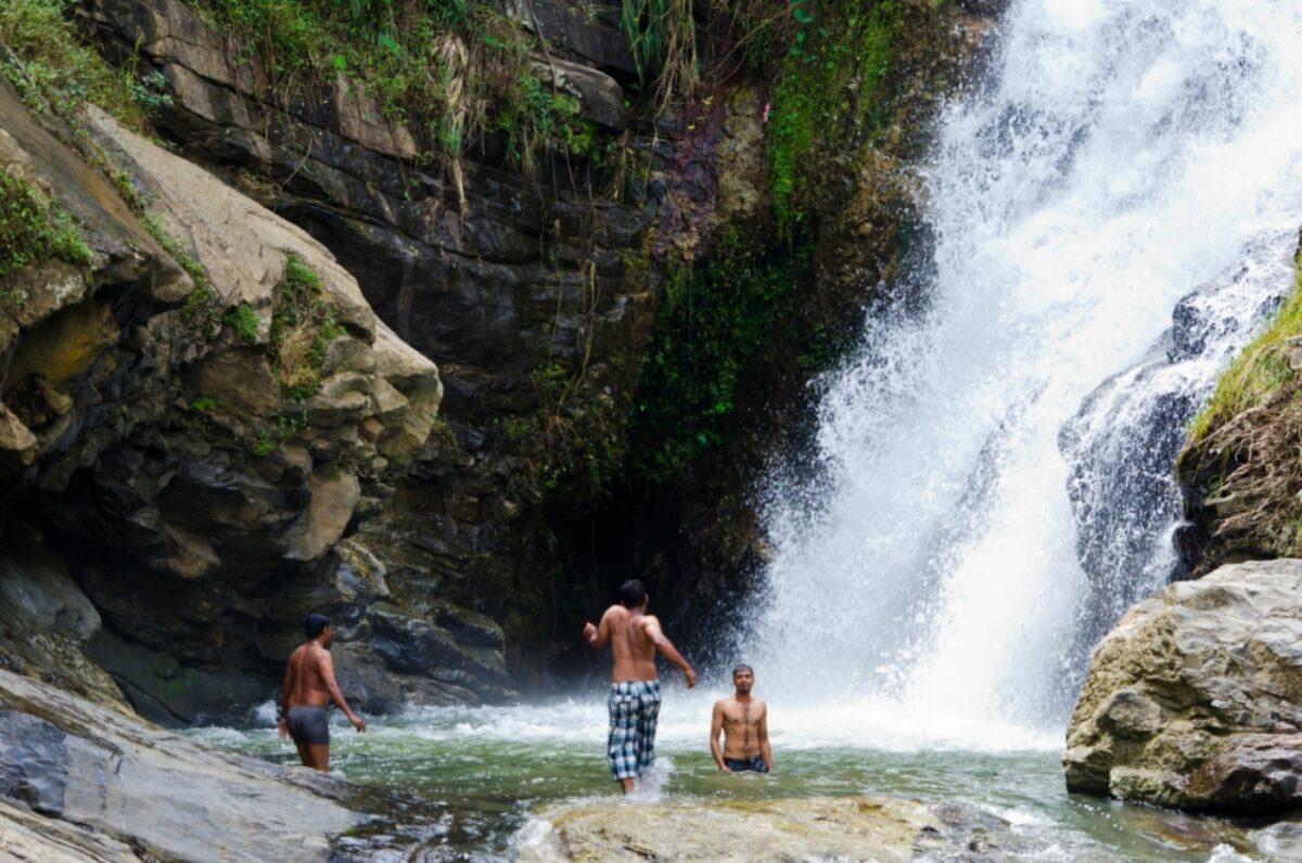 031 Sri Lanka Ravana Waterfalls