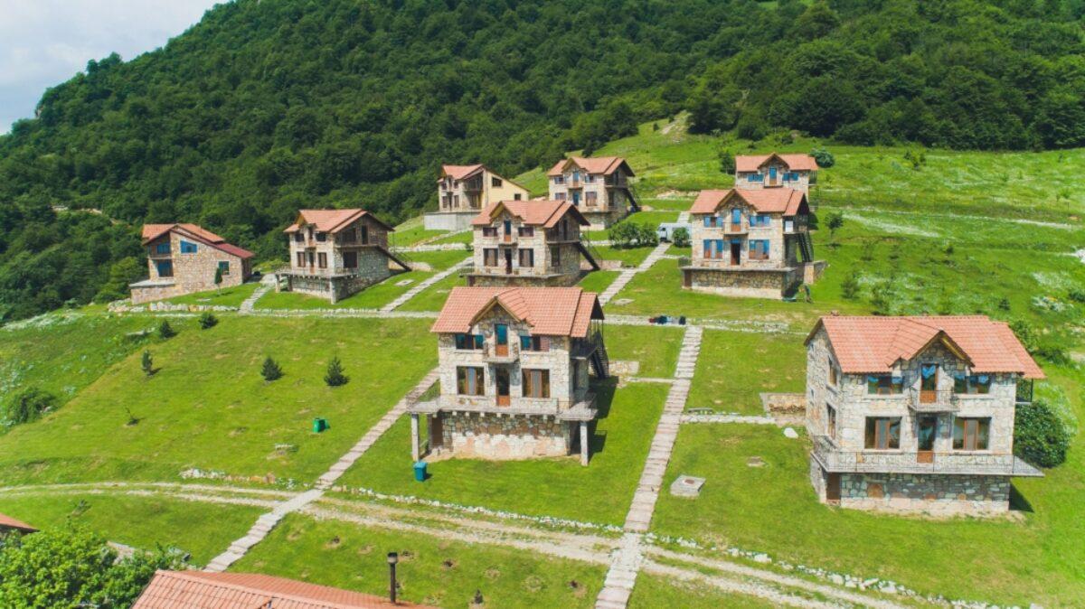 Armenia Lastiver Yenokavan2