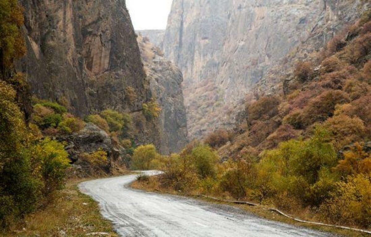 Armenia Noravank river