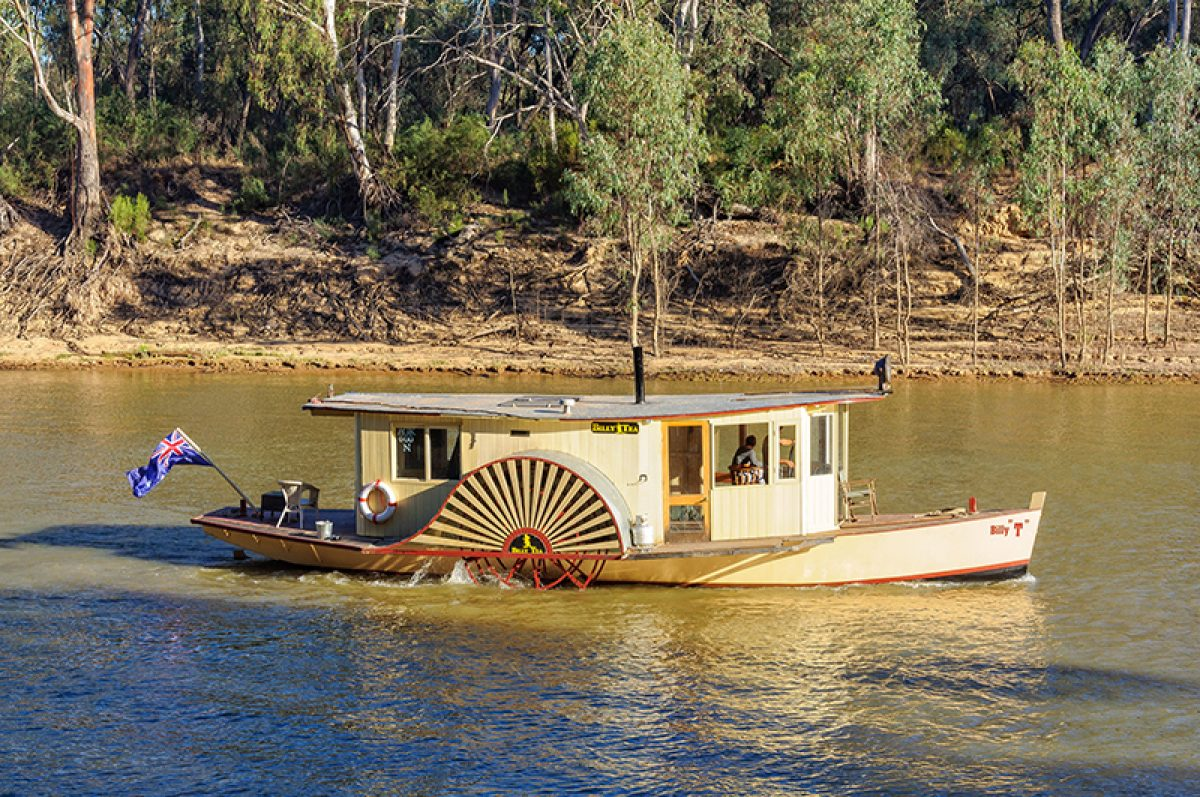 Aus Paddle Boat Billy Tea on the Murray River