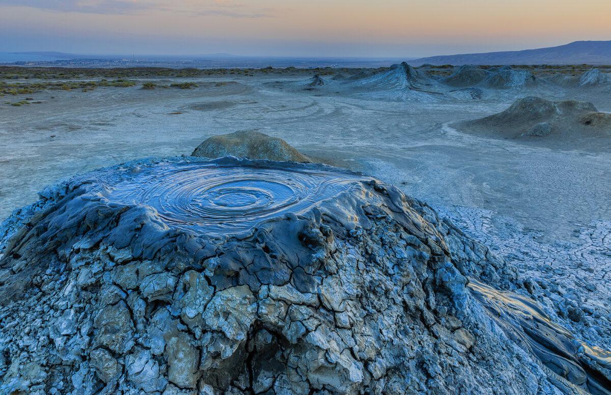 Azerbaijan Gobustan Mud volcanoes lowres