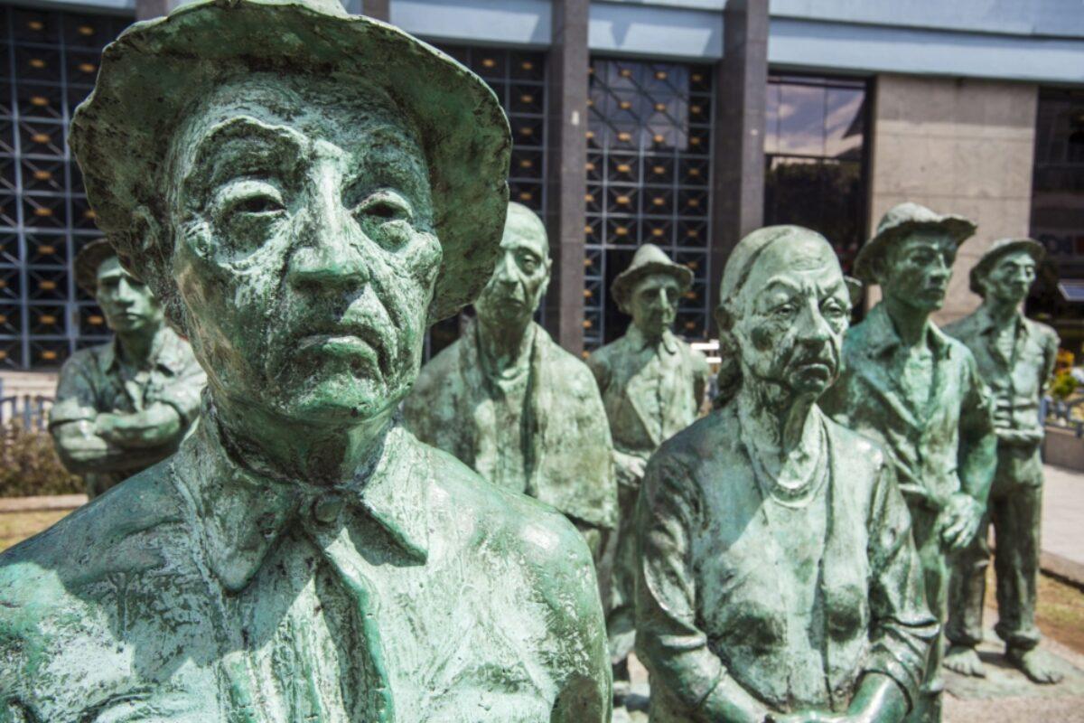 Costa Rica San Jose statues