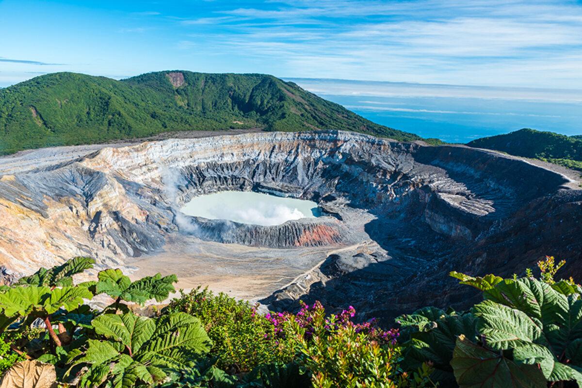 Costa Rica volcano Poas lowres