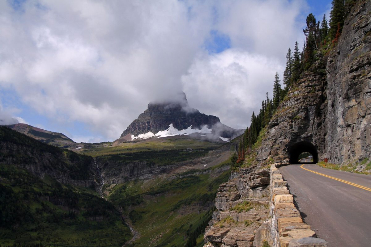 Going to the sun Road in Glacier National Park USA