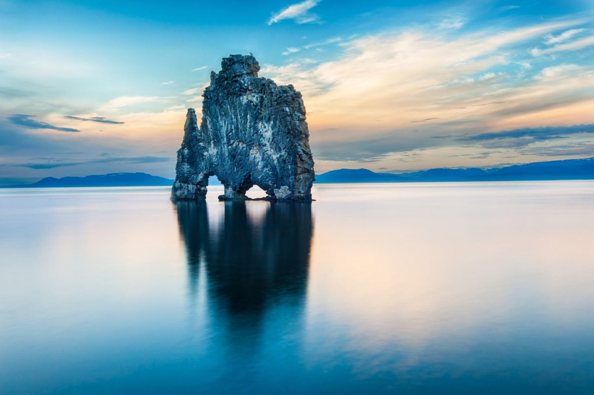 Iceland-petrified-rock-north-sea