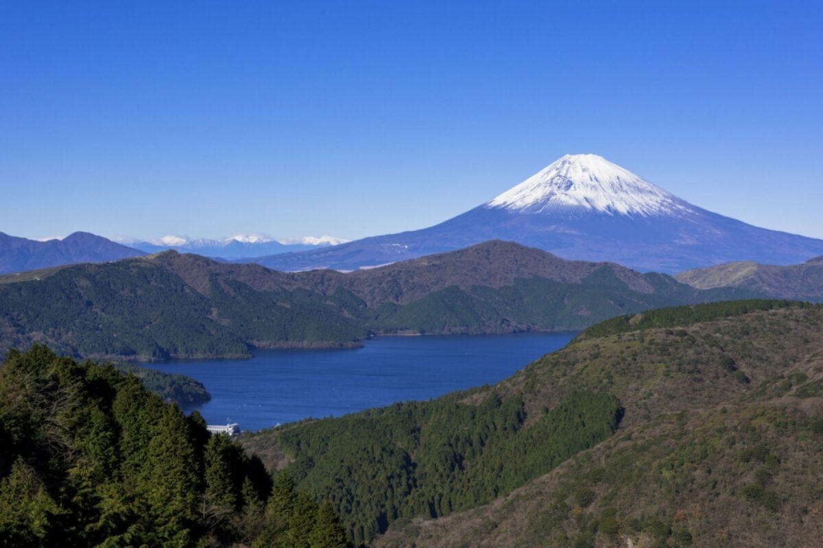 Japan Hakone Lake Ashi view of fuji