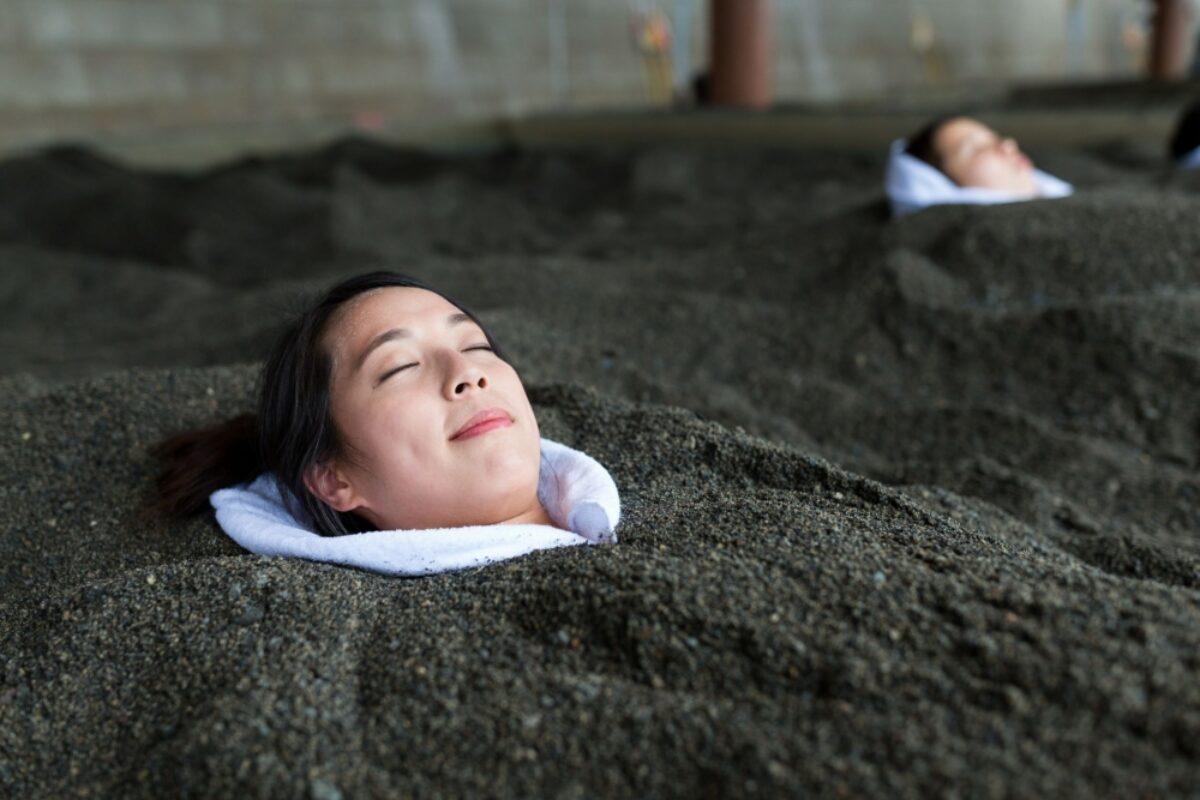 Japan Kagoshima sand bathing