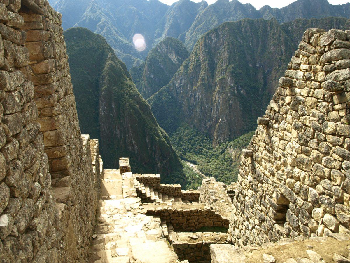 Machu-Picchu-Peru.-Matthew-Barker-2009-48