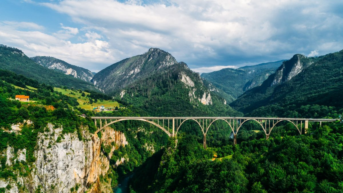 Montenegro Tara Canyon3