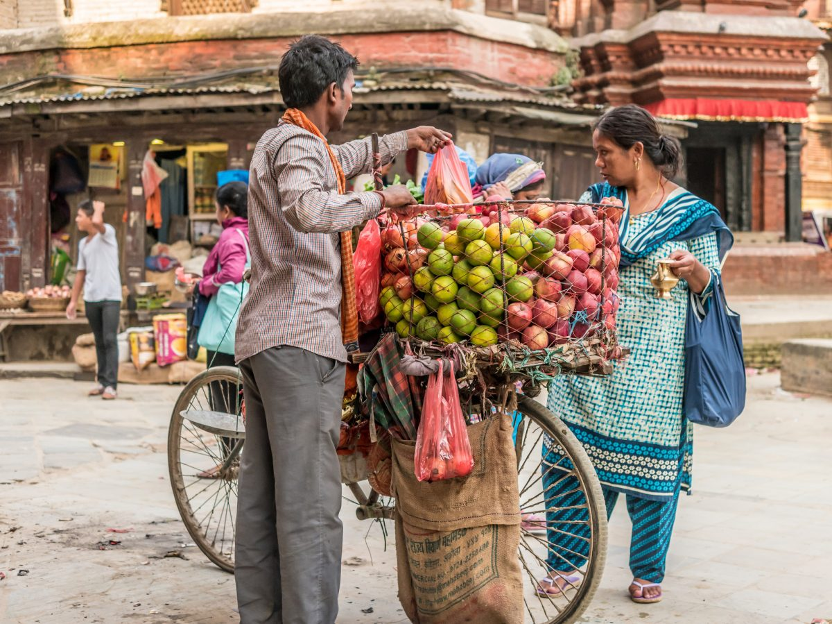 Nepal-Food-cart