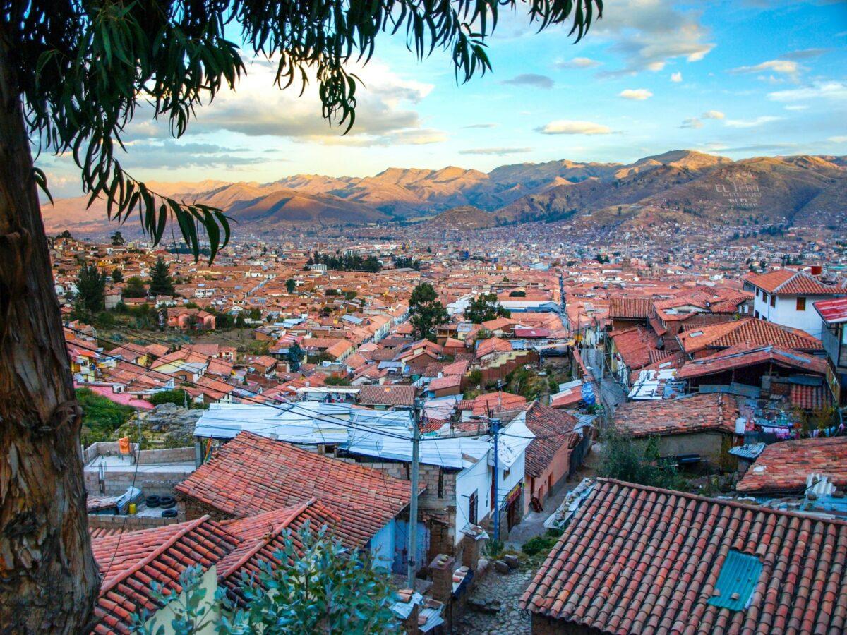 Peru Cusco skyline