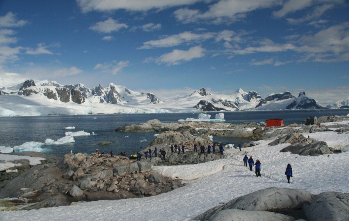 030-Antarctica-123Rf-63759243_Xl