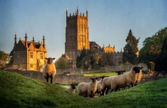 Walk the Cotswolds Villages (Guided)